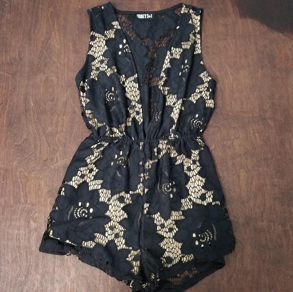 04b9bcfdf41 Audrey 3+1 Pants - Audrey 3+1 Black Lace Vneck Dress Romper